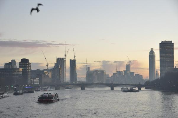Le Nebbie di Londra di monica_saba