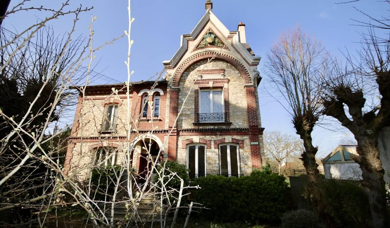 Villa Taverny
