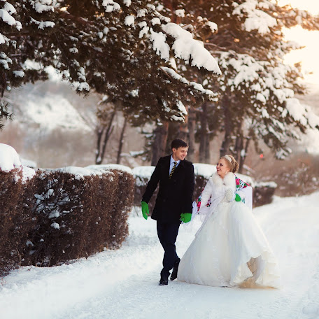 Wedding photographer Artem Miroshnichenko (kurgan). Photo of 18.03.2017