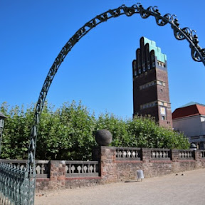 ドイツ・ダルムシュタットにある年間500組ものカップルが結婚式を挙げるロマンチックな「結婚式の塔」