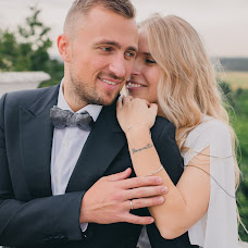 Wedding photographer Polina Chubar (PolinaChubar). Photo of 19.04.2018