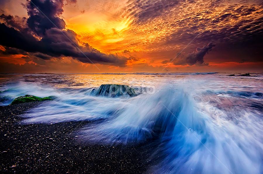 Morning Dances by Hendri Suhandi - Landscapes Waterscapes ( clouds, bali, splash, manyar, beach, sunrise, motion )