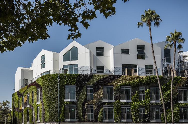 Gardenhouse. Image Courtesy of MAD Architects