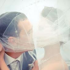Wedding photographer Madlen Aleksandrova (Madeleine). Photo of 12.09.2013