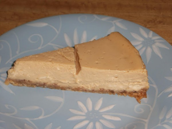 To serve: Remove springform side and cut cold cheesecake. Enjoy!!