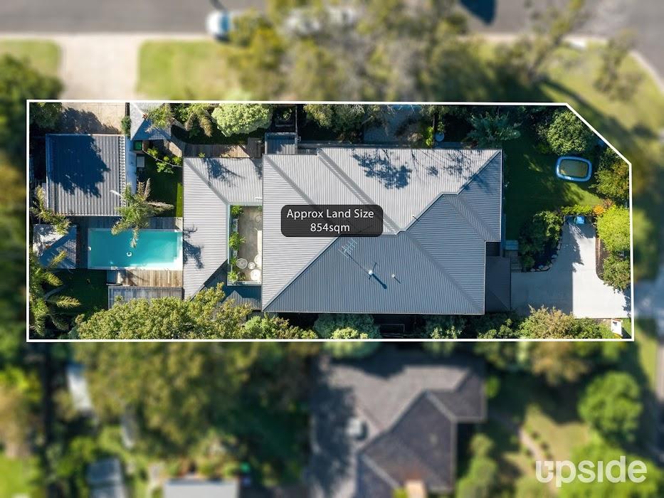 Main photo of property at 2 Amelia Avenue, Mornington 3931