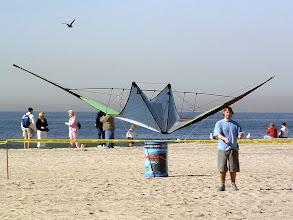 Photo: Tim Benson of Benson Kites tricking a Gemini.
