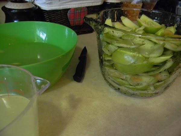 put scraps into an 8 cup bowl, add lemon water until you reach 7cups...