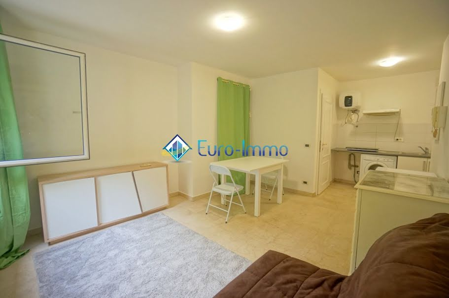 Location meublée studio 1 pièce 22 m² à Beausoleil (06240), 600 €