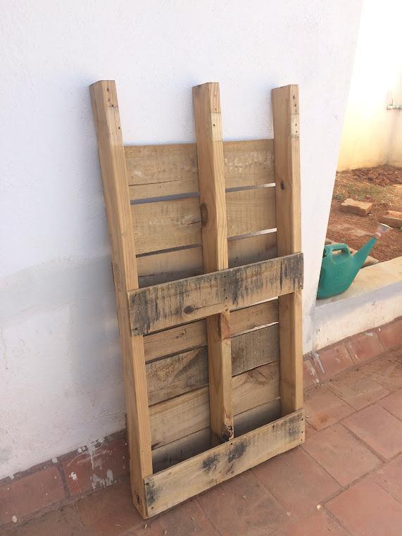 Wooden pallet based DIY planter