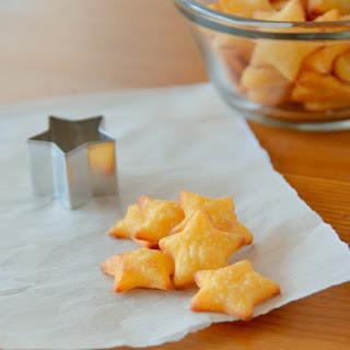 Gluten-Free Cheddar Crackers.