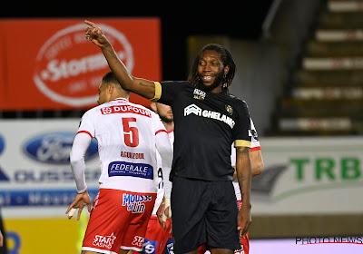 """Quel avenir pour Mbokani ? """"Anderlecht ? D'autres clubs sont également intéressés"""""""