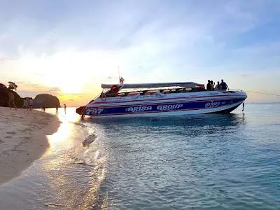 Phi Phi Leh Sunset Trip by Arisa Speed Boat