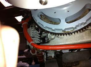 Photo: l'huile sur le volant moteur c'est de la WD40...oups