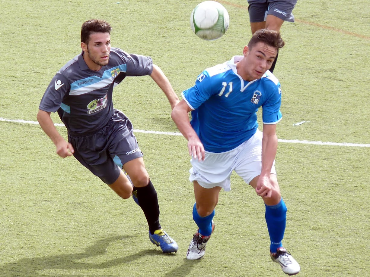 Raúl Sánchez, autor de dos de los tres goles del equipo azulillo