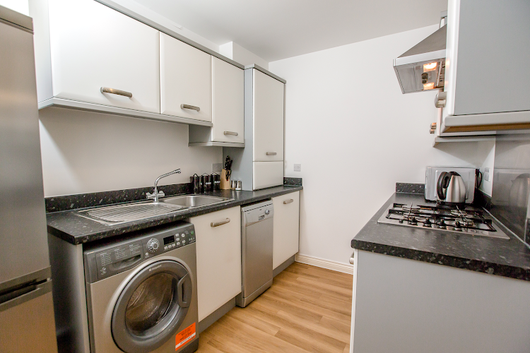 Fully equipped kitchen at Colchester Abbey Field Executive Apartments