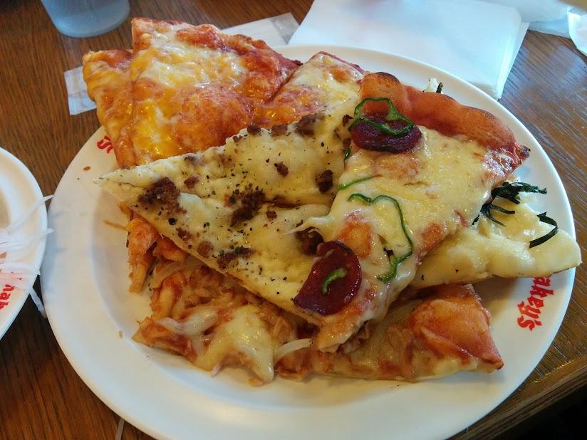 ピザたくさん