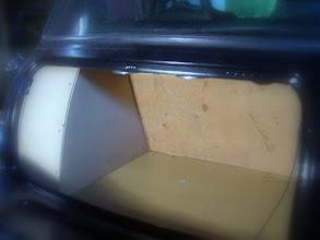 Photo: Kofferraum Verkleidung im Rohbau