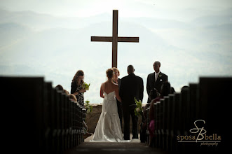 Photo: Symmes Chapel - Pretty Place Wedding Officiant, Marriage Minister, Notary, Justice Peace - Brenda Owen - www.WeddingWoman.net   Photo courtesy Sposa Bella Photography