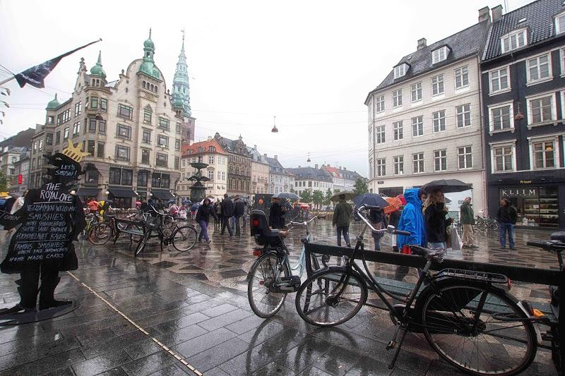 e piove a Copenaghen di antonioromei
