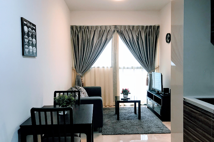 Commonwealth Ave Residences living room