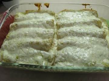 Salsa Verde Chicken Mexican Manicotti