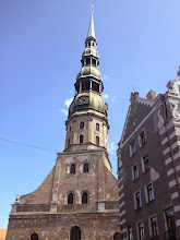 Photo: Tosi korkea kirkon torni, jonne emme kuitenkaan menneet. Oli niin kallis... (7€)