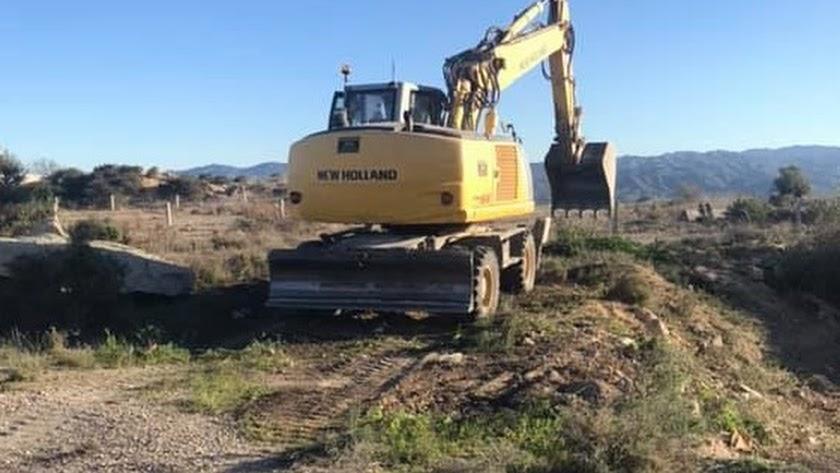 Trabajos de construcción de la nueva carretera.