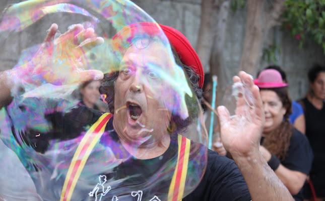 Grande bolla di sapone di Antonio De Felice