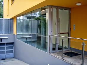 Photo: Hauseingang Mühlbachergasse Wien XIII