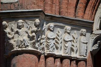 Photo: Capitelli del portale maggiore (di anonimo)