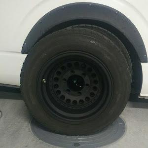 ハイエースバン TRH200V ハイエースDXのタイヤのカスタム事例画像 アキラ34さんの2019年01月07日21:30の投稿