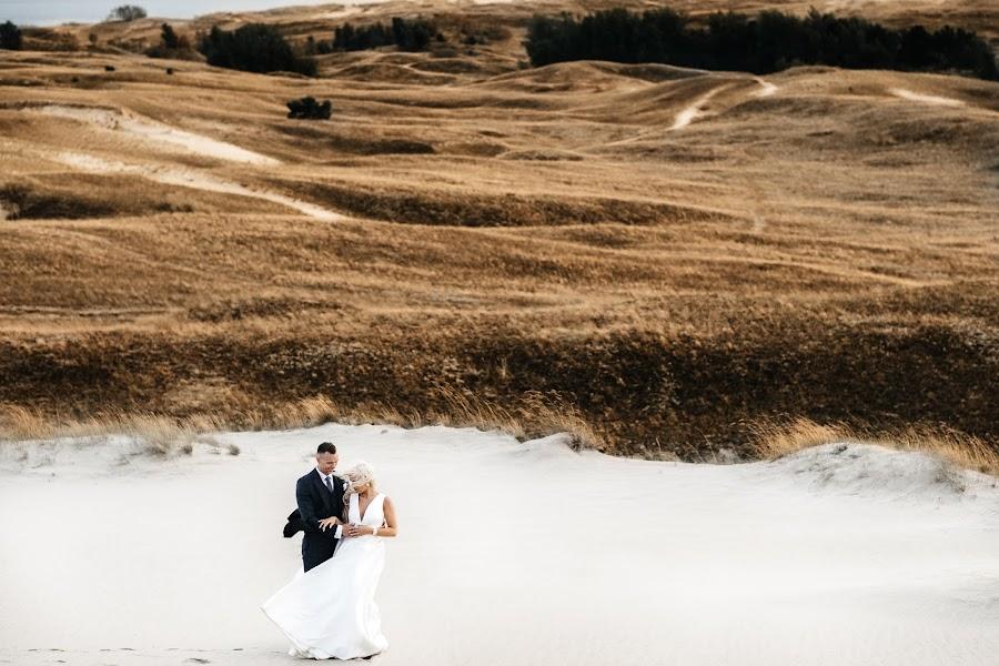 Wedding photographer Martynas Ozolas (ozolas). Photo of 19.01.2018