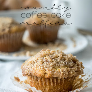 Crumbly Coffee Cake Muffins