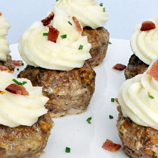 Meatloaf Cupcakes with Potato Frosting #FoodnFlix.