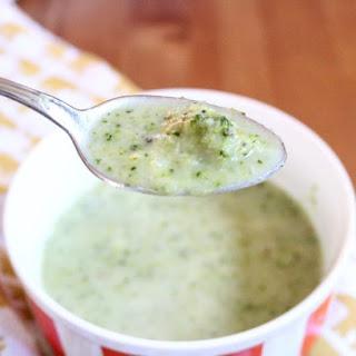 Vegan Low Carb Creamy Broccoli Soup.