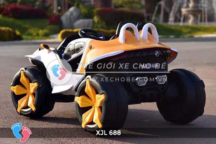 Xe ô tô điện địa hình cho bé XJL-688 11