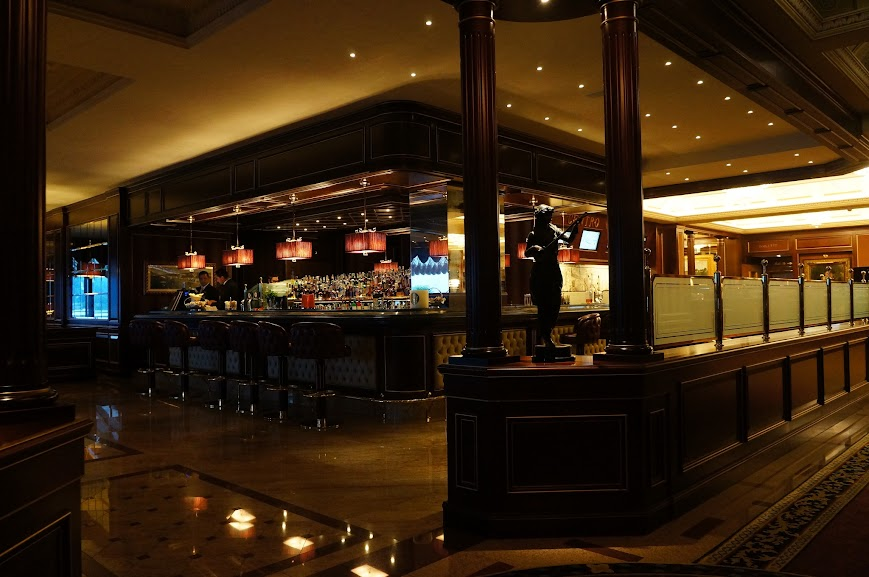 Grand Hotel Dino bar area in Lake Maggiore, Italy (2015)