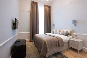 17 Hertford Street Serviced Apartments, Mayfair