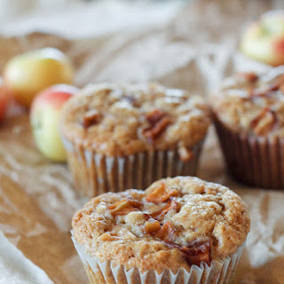 Apple Oatmeal Muffins (Vegan)