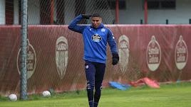 Marcelo Djaló en el entrenamiento del conjunto gallego.
