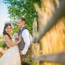 Wedding photographer Jakub Viktora (viktora). Photo of 03.07.2016