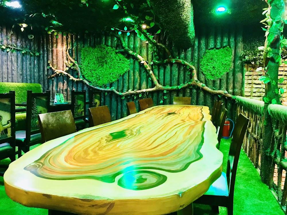 top-theme-restaurants-delhi-ncr-junglejamboree