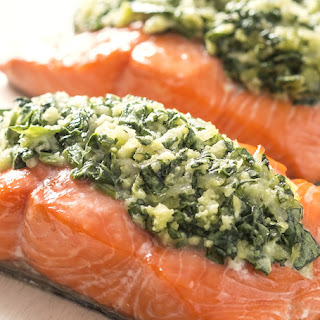 5-Ingredient Spinach-Stuffed Salmon Recipe