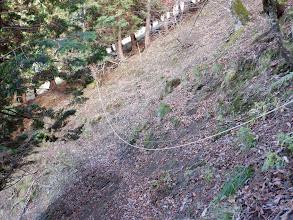 斜面にはロープが多く