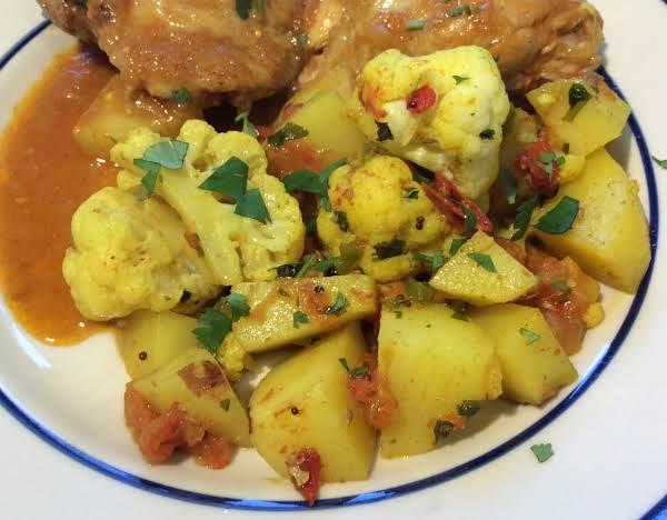 Curried Cauliflower And Potatoes (aloo Gobi)