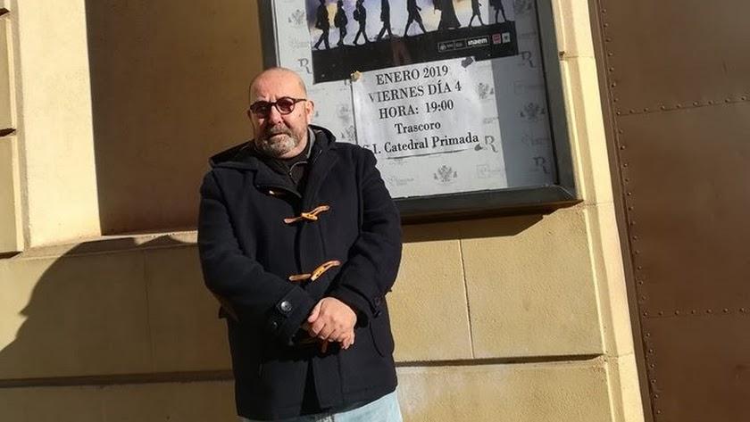 Javier Marchante, antes de entrar al teatro.