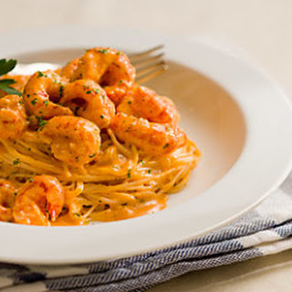 Crawfish and Seafood Pasta with Cream.