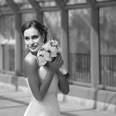 Wedding photographer Zhanna Gulyan (ganna198107). Photo of 05.07.2015