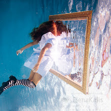 Photo: Looking Glass